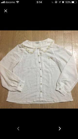 クレドソルの刺繍シフォンシャツ!