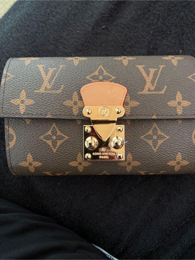 VUITTON 財布(Louis Vuitton(ルイ・ヴィトン) ) - フリマアプリ&サイトShoppies[ショッピーズ]