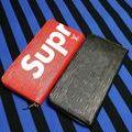 シュプリームジッピー長財布いずれか1つ