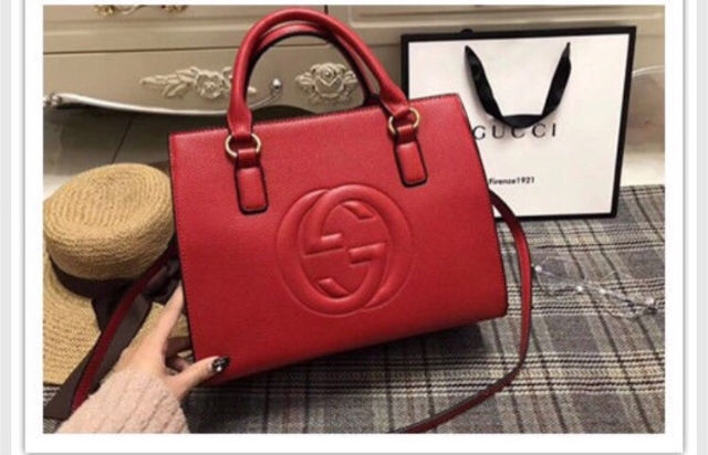 online store 2773f 6110a グッチ GUCCI 赤 バック(グッチ ) - フリマアプリ&サイト ...