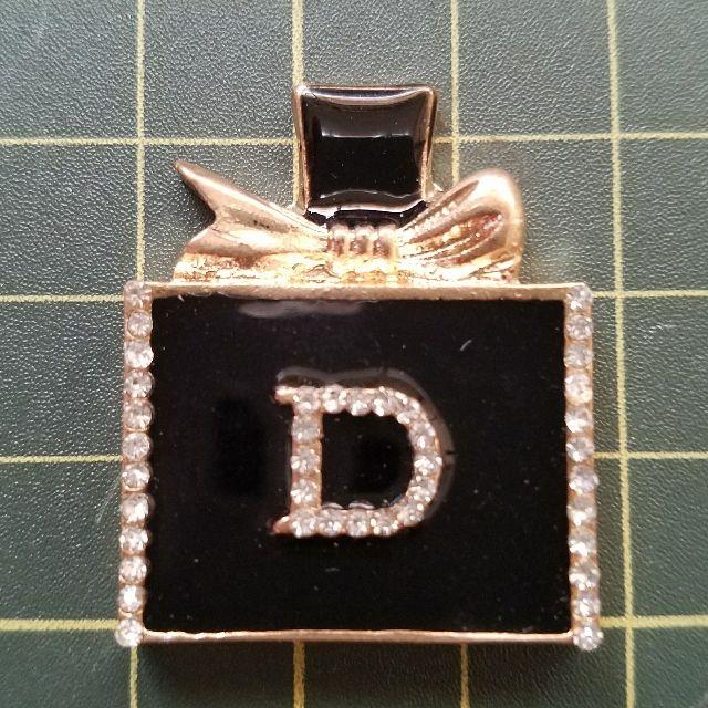 デコ素材・金属パーツ(ロゴ入り香水)黒 - フリマアプリ&サイトShoppies[ショッピーズ]