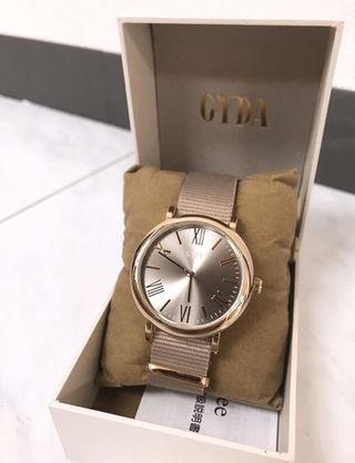 GYDA非売品腕時計