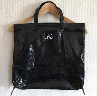 キタムラの形が変えられるトートバッグ