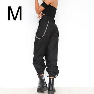 新品チェーン付きシンプルパンツ ブラック M