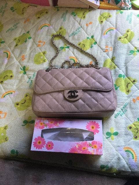 処分セールベージュ系ハンドバッグ