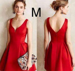 新品胸元綺麗シンプルふんわりワンピース レッド M