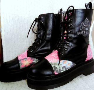 アルゴンキン 花柄ブーツ