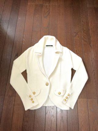 美品ルスーク白のおしゃれなジャケット