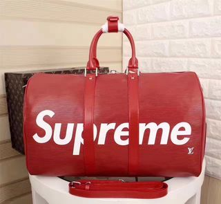SUPREME   旅行用バッグ