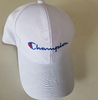 Championキャップ