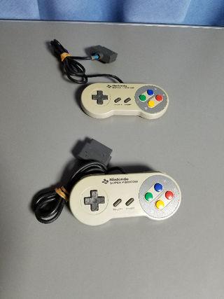 スーパーファミコン用コントローラー二個送料込