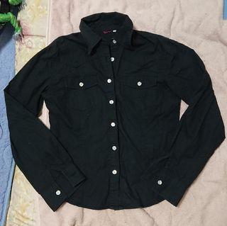シャツ 黒 M