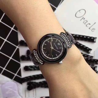 SWAROVSKI 人気腕時計 シャレな注目の腕時計