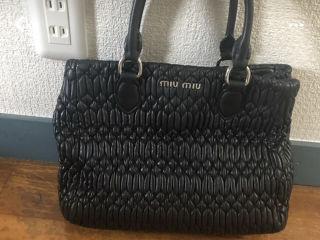 miu miuハンドバッグ
