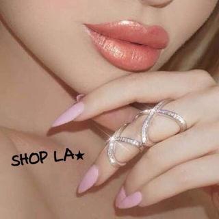 日本未発売Amore Metallic LipCreme