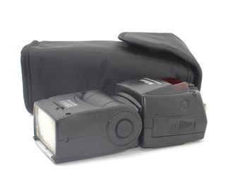 ソフトケース付きスピードライトNikon  SB-800