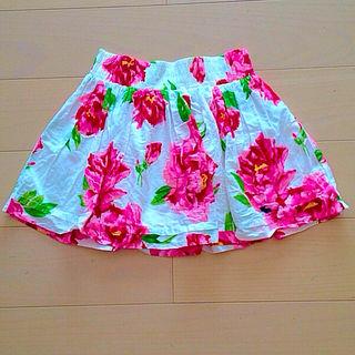 アバクロ花柄スカート