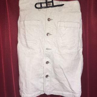 コーデュロイのタイトスカート