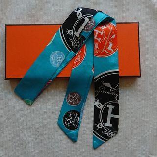 【新品】ツイリースカーフ Hマーク ライトブルー