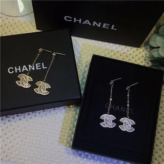 Chanelシャネル可愛いイヤリング 人気 プレゼント