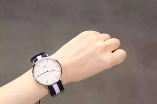 送料無料!Daniel Wellington腕時計