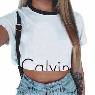 新作!CKカジュアルへそだしTシャツ