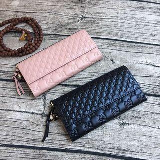 グッチ 可愛い美品 男女兼用 二つ折長財布 2色