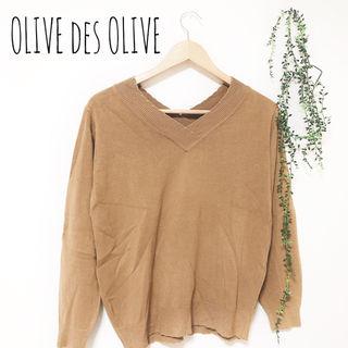 OLIVE des OLIVE Vネックセーター