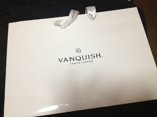 VANQUISHショップ袋