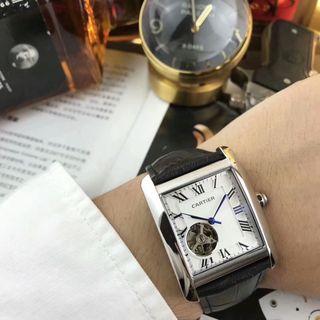 大人気 Cartier TANK 腕時計 自動巻き