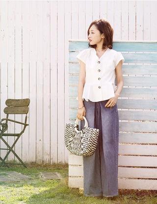 【新品未使用】田中亜希子さん着用 ペプラムブラウス