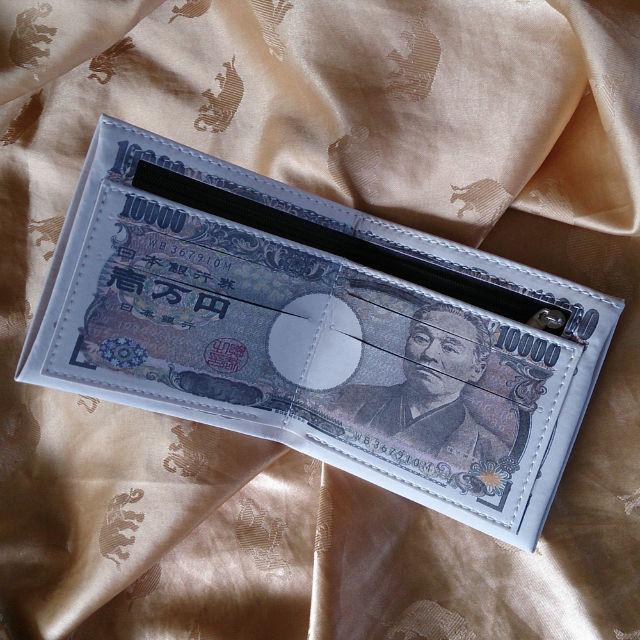 ★日本未発売★ 壱万円札 福沢諭吉の金運財布