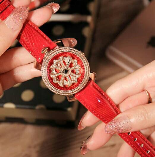 新品 芸能人愛用 2段 ぐるぐる時計 男女兼用
