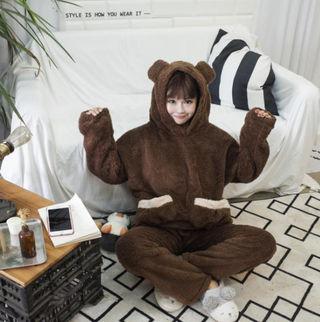 可愛デザイン!!!モコモコ加?クマみみフードパジャマ