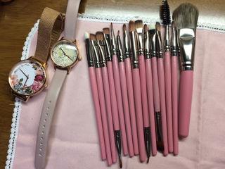 新品未使用美品 ゆめかわいい化粧筆ローズピンク