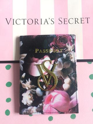 新品 VS パスポートケース
