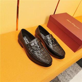 フェラガモ紳士靴 ローファー運動靴シューズ スニー