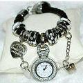 新品送料無料ラグジュアリーレザーブレス腕時計