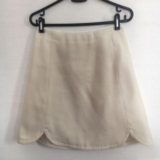 裾がお洒落スカート38サイズ