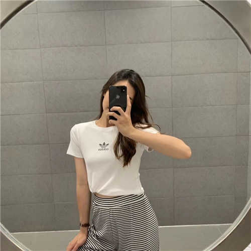 4426オシャレ夏 tシャツ 人気スタイル