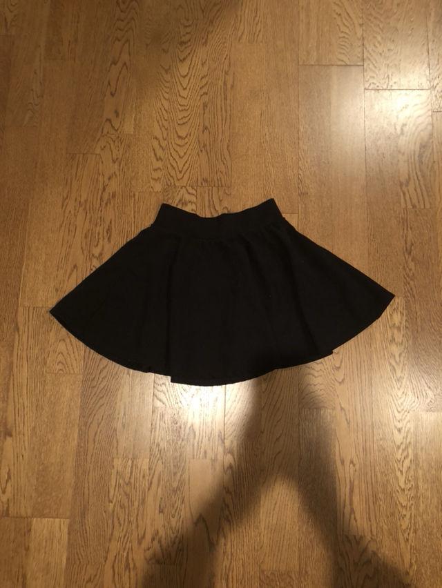 黒色スカート