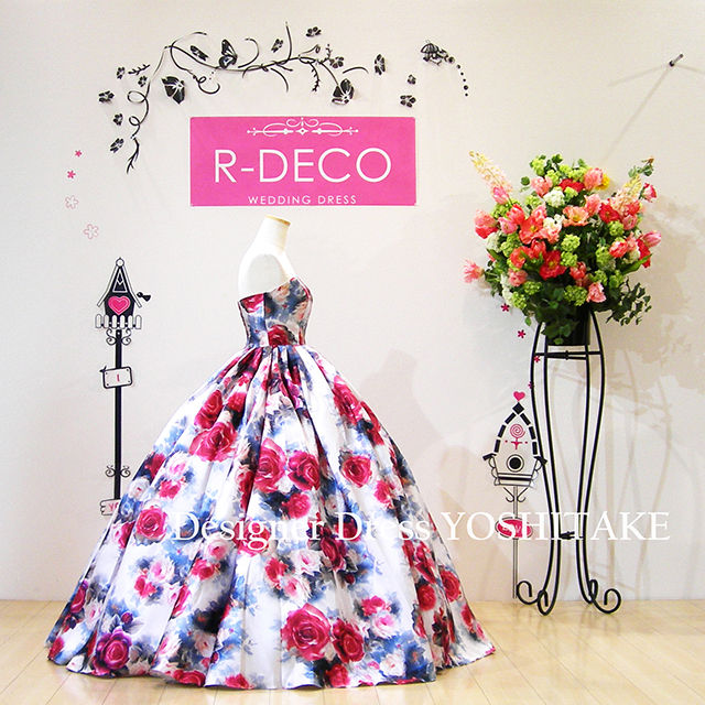 ウエディングドレス(パニエ無料) オフホワイト花柄ドレス