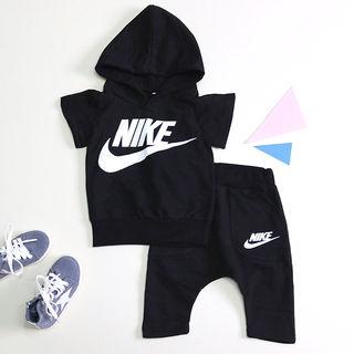 国内発送 Nike セットアップ