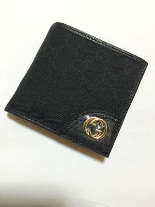 GG柄GG金具二つ折り短財布 黒