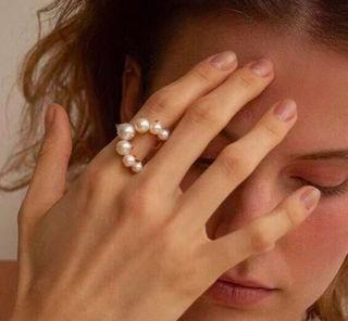 ヒット商品韓国デザイン 8粒パールリング指輪