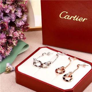 Cartier カルティエ ピアス