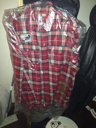 最終値下げネスタ赤チェックシャツ