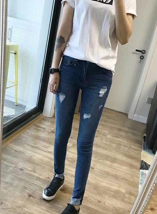 春夏の人気新作 ファッションのジーンズ 女性に大人気