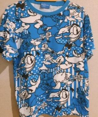 【送料込】ディズニー 総柄 Tシャツ