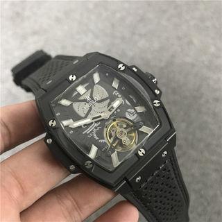 HUBLOTウブロ腕時計